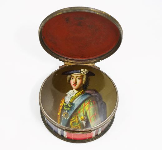 Bonnie Prince Charlie picture on snuff box